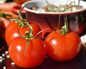 How to Can Tomatoes