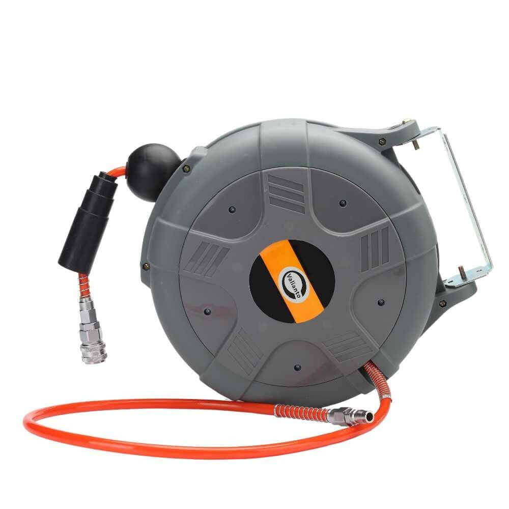 What to consider when buying a retractable hose reel